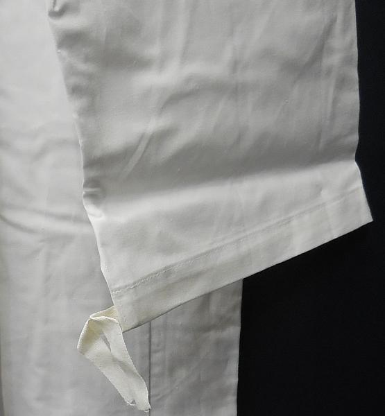 白衣 (3).jpg