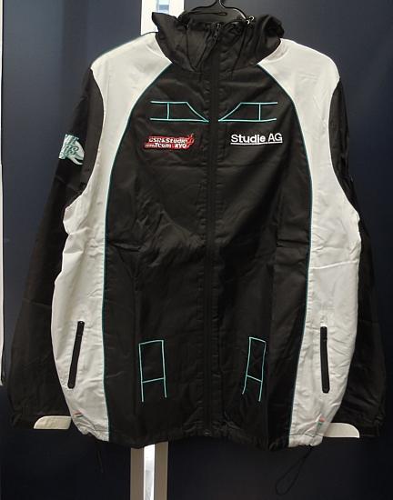 チームウインドブレーカーレプリカレーシングミク2012 (2).jpg