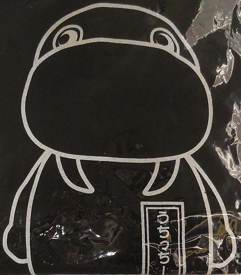 うちっちーTシャツ黒 (2).jpg